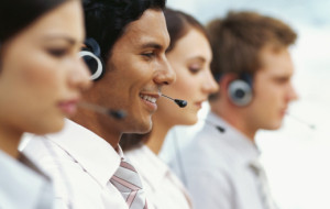 Benefits of Outsourcing Call Center to Canada