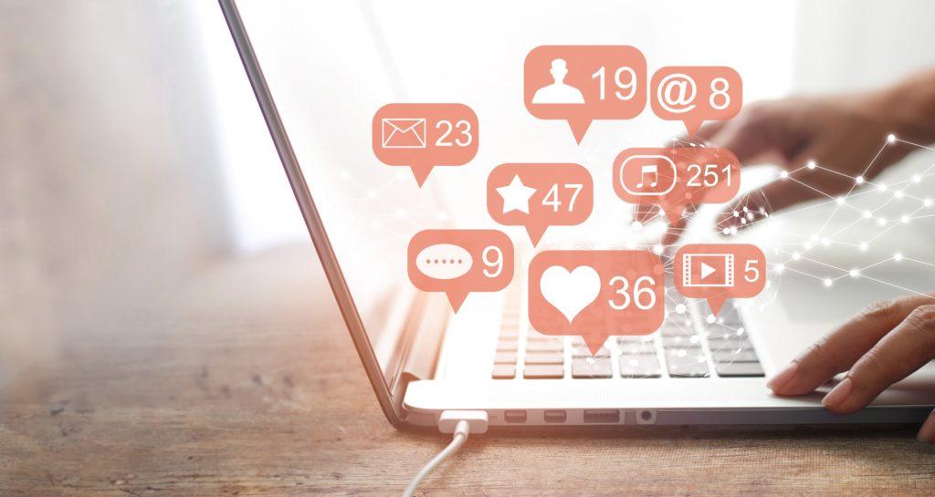 Social Media Customer Response Service -min